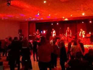 Successful fundraising gig raised over £1100